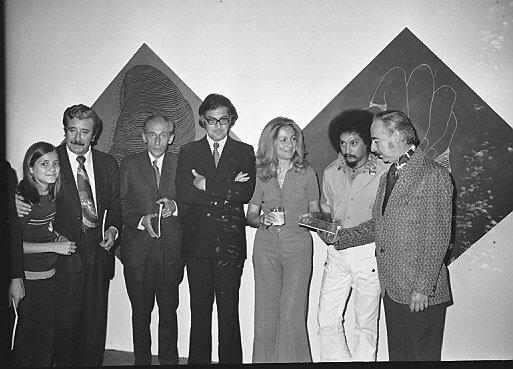 Foto de la presentación de la Izquierda Erótica el 5 de julio de 1973 en Vittorio's — con Lu Cía M, Manuel Eduardo Rodríguez, Tasso Hadjidodou, Vittorio Tassinari, Arnoldo Ramírez Amaya y Ramiro McDonald Blanco.