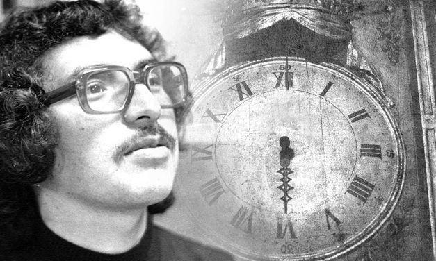 Héctor Interiano, a las 6 y media de la tarde de un lunes cualquiera.  Manolo E. Vela Castañeda.