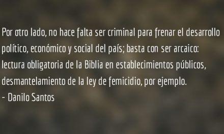Las momias y el Sistema. Danilo Santos.