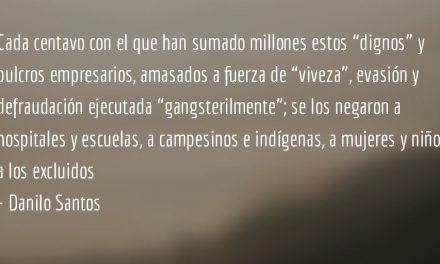 Semáforos en rojo y terrorismo fiscal. Danilo Santos.