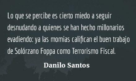 Soplando el requesón. Danilo Santos.