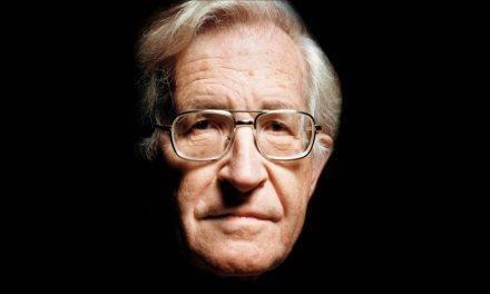 Lo sucedido en Brasil es un golpe de Estado blando: Noam Chomsky