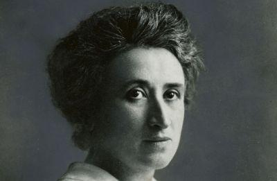 Quien no se mueve, no siente las cadenas: Rosa Luxemburgo
