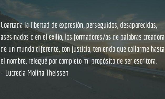 Invocación a las palabras. Lucrecia Molina Theissen.