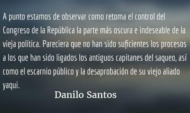 Guacaleandose con nuestra sangre. Danilo Santos.