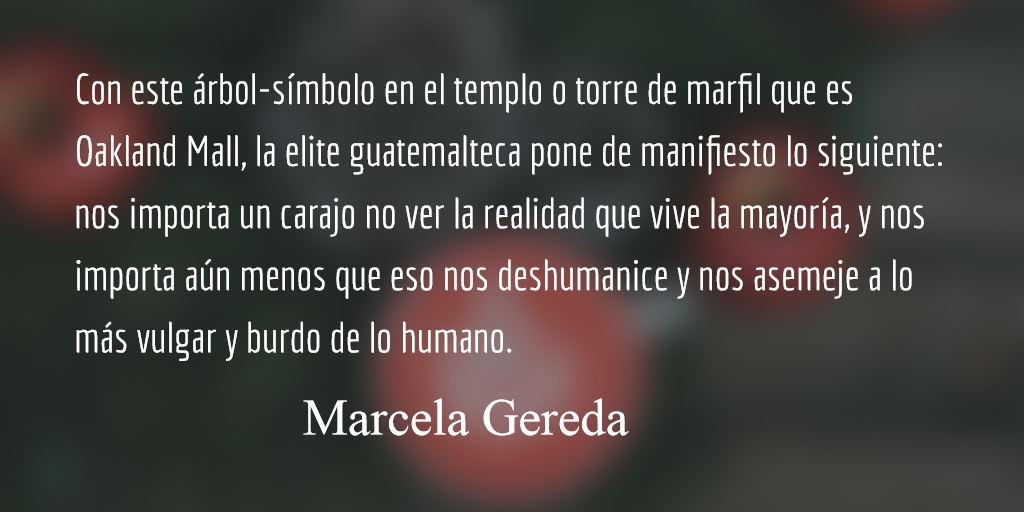 Visita el árbol navideño de Q2.5 millones. Marcela Gereda.