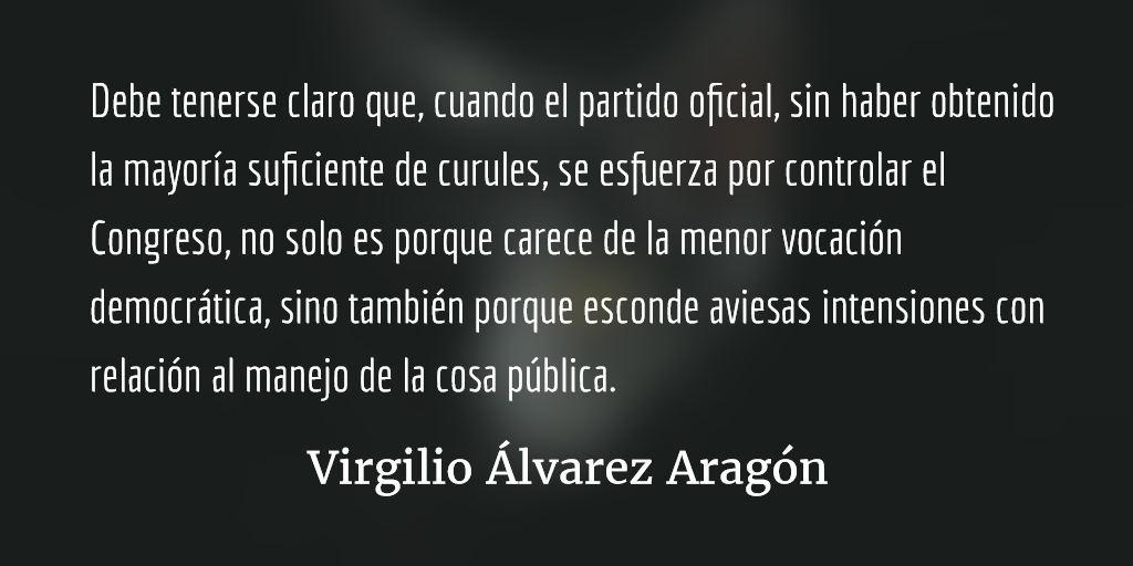 Los riesgos políticos de traicionar la representación. Virgilio Álvarez Aragón.