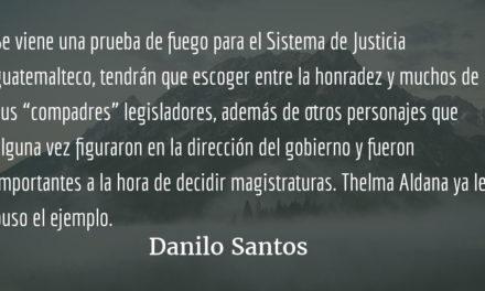 Thelma Aldana puso el ejemplo. Danilo Santos.
