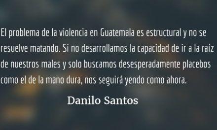 Fusílenlos a todos. Danilo Santos.