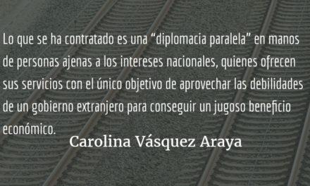 Ni con agua bendita se quitan las manchas. Carolina Vásquez Araya.