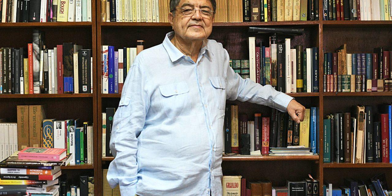 """Sergio Ramírez: """"Me siento en estado de gracia"""". Carlos Salinas Maldonado."""