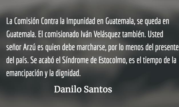 """""""RESPUESTA"""": Iván se queda. Danilo Santos."""
