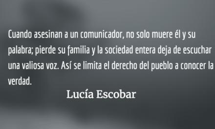 Tu amor es un periódico de ayer. Lucía Escobar.