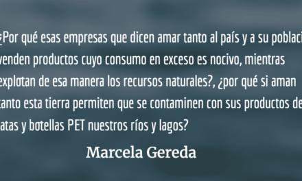 Dándonos atol con el dedo. Marcela Gereda.