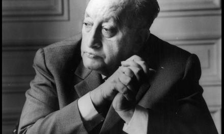 Celebración de los 121 años de Miguel Ángel Asturias